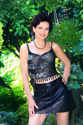 Single female Tatiana, 52 y/o, from Kharkov, looking for male, girls for . Women from Ukraine. I aI am very open-minded, spiritual and healthy woman. I devote my life to practice of yoga and I helped to many people to cope with health problems. I follow further principle